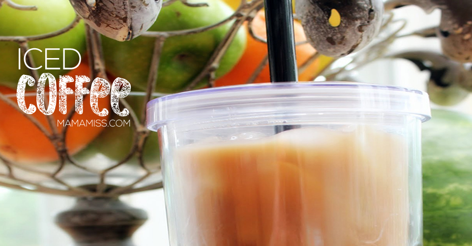 Simple Iced Coffee using the cold-brew method @mamamissblog