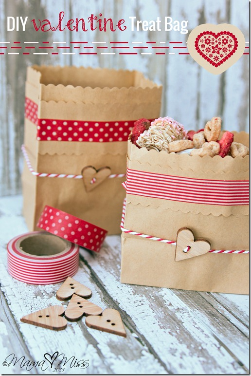 DIY Valentine Treat Bag https://www.mamamiss.com ©2013