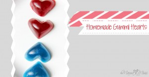 Homemade Gummi Hearts https://www.mamamiss.com ©2013