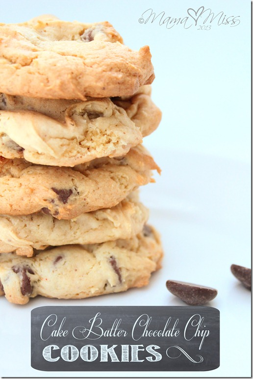 Cake Batter Chocolate Chip Cookies https://www.mamamiss.com ©2013