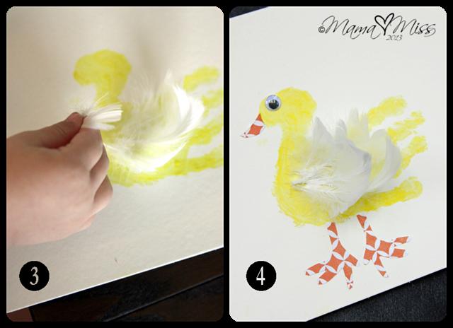 Feathered Duck Handprint #fingerpaint #handprintart #virtualbookclub https://www.mamamiss.com ©2013