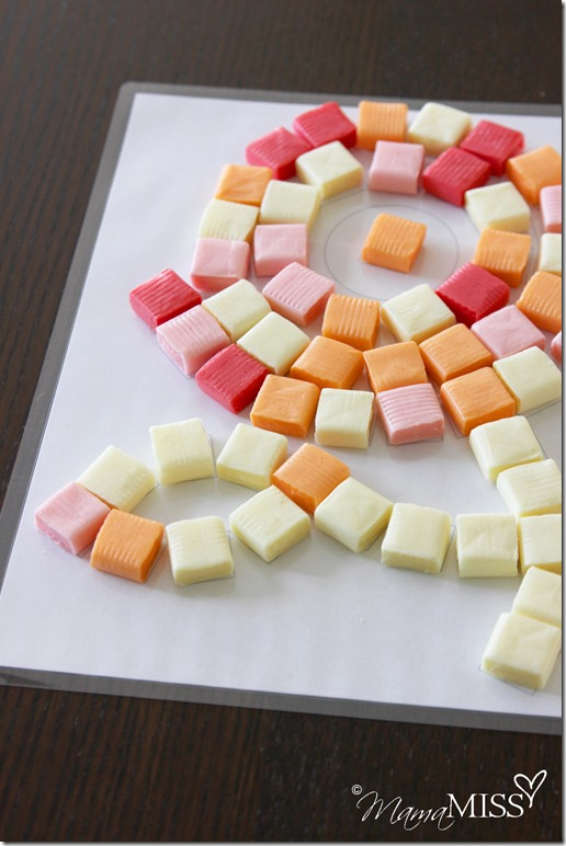 Starburst Candy Mosaic | Mama Miss #starburst #mosaic #freeprintable #kidart