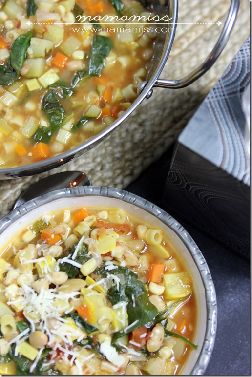 Seven Vegetable Minestrone Soup | @mamamissblog #FluRemedy #veggie # ...
