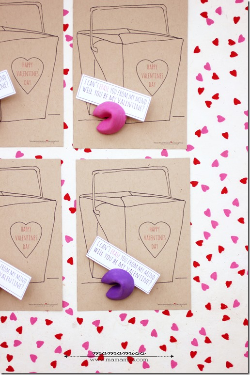 Fortune Cookie Eraser Valentines | @mamamissblog #candyfree #freeprintable #handmadeholiday