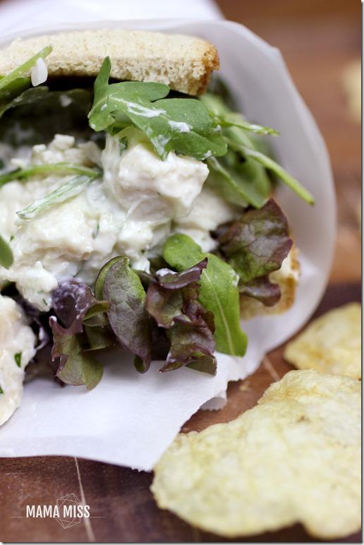 Sweet Onion Chicken Salad Sandwich | @mamamissblog #quickandhealthy #sandwichlove #chickensalad