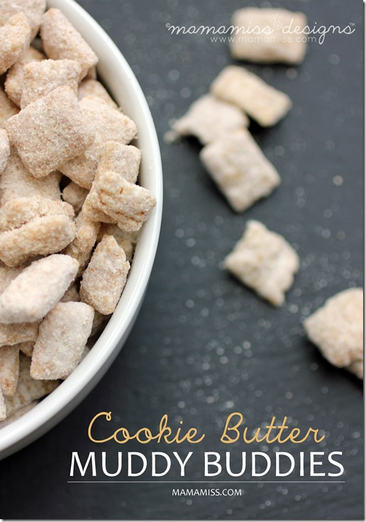 Cookie Butter Muddy Buddies | @mamamissblog #traderjoes #cookiebutter #muddybuddies