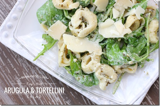 Arugula Tortellini Salad | @mamamissblog #quickmeal #simplemeal #kidfriendly #salad
