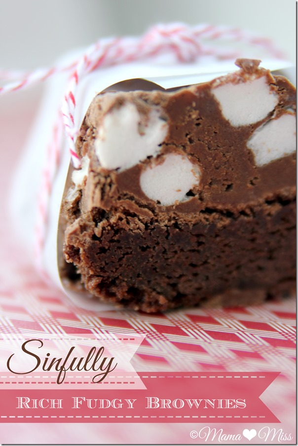 Sinfully Rich Fudgy Brownies | @mamamissblog #brownies #fudge #marshmallowgoodness