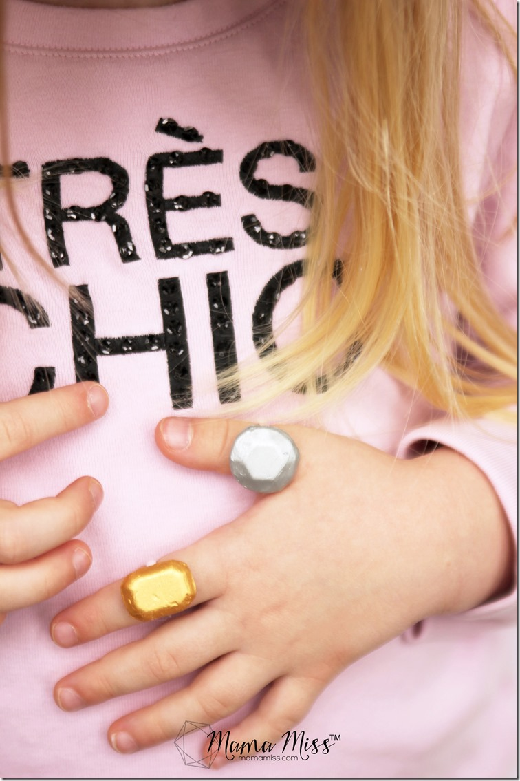 Bejeweled DIY Statement Ring - create your very own bling!    @mamamissblog