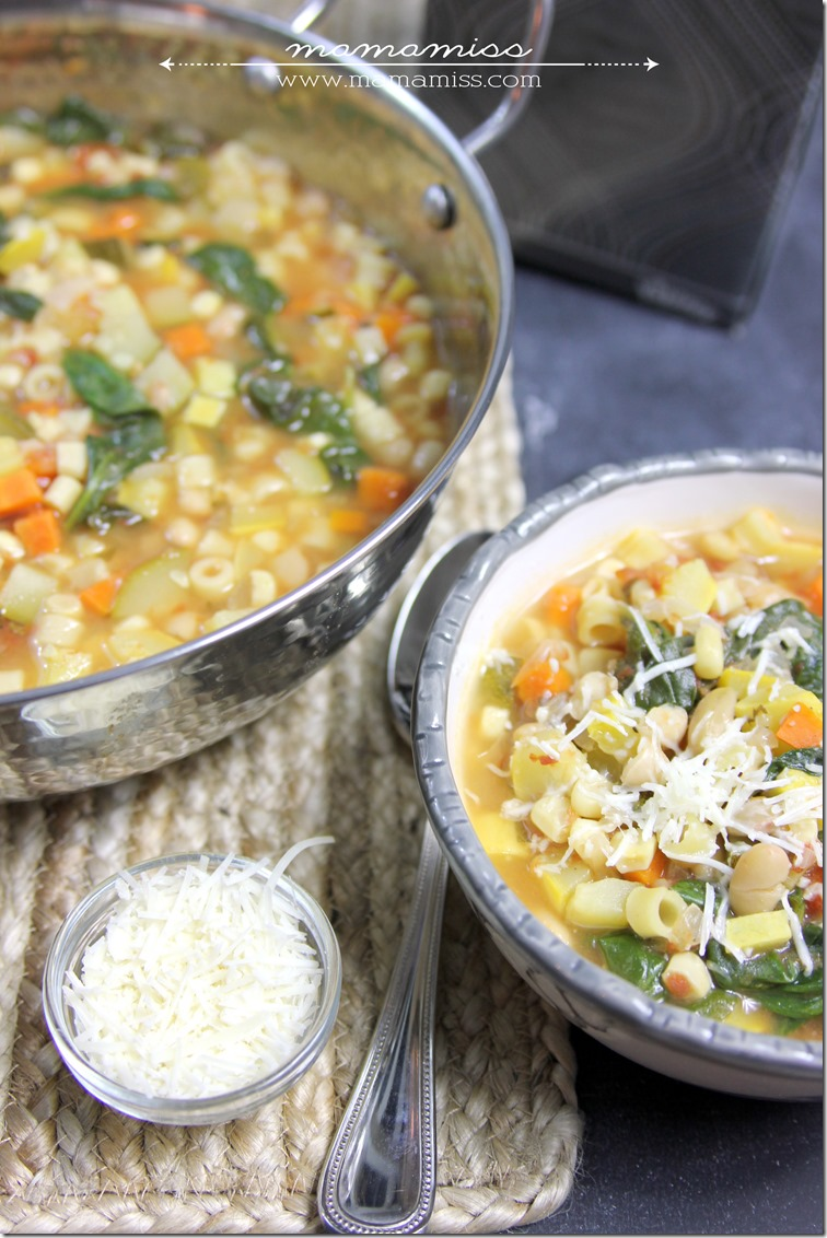 Seven Vegetable Minestrone Soup | @mamamissblog #FluRemedy #veggie #healthy #soup