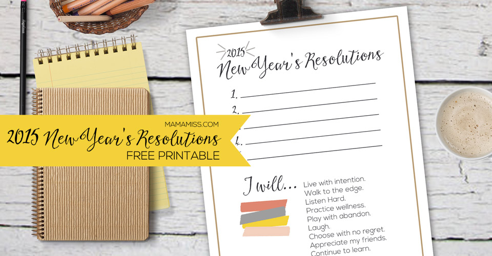 A simple & beautiful reminder of your New Year's Resolutions. Print out this free printable & always have your resolutions/goals at your fingertips! | @mamamissblog