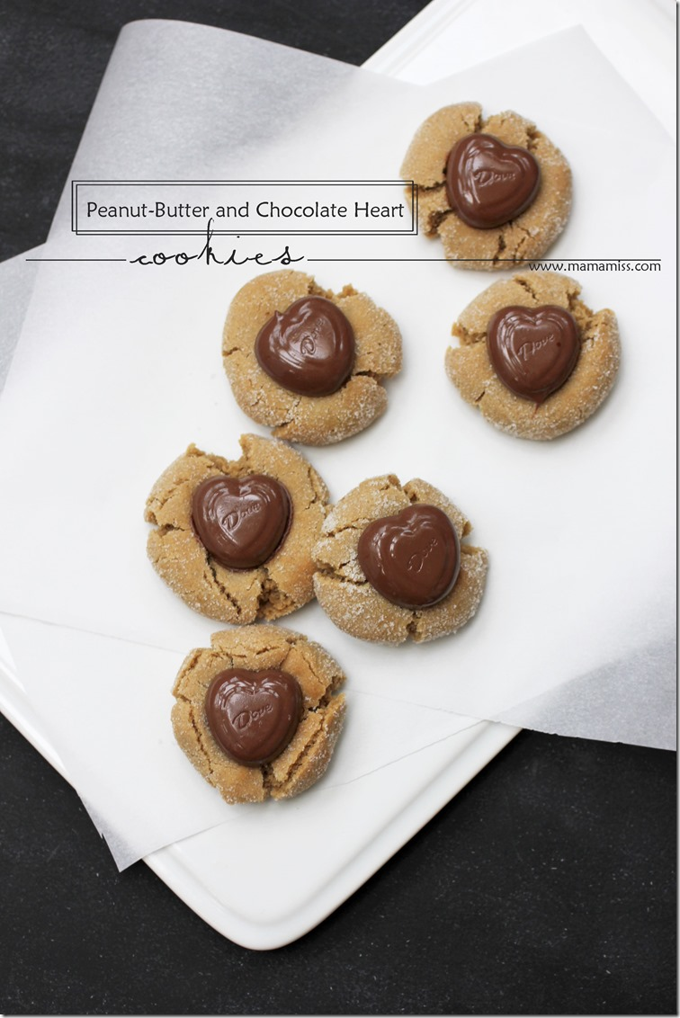 Peanut-Butter and Chocolate Heart Cookies | @mamamissblog #peanutbutter #valentinesdaytreats #classiccookie #dovechocolates
