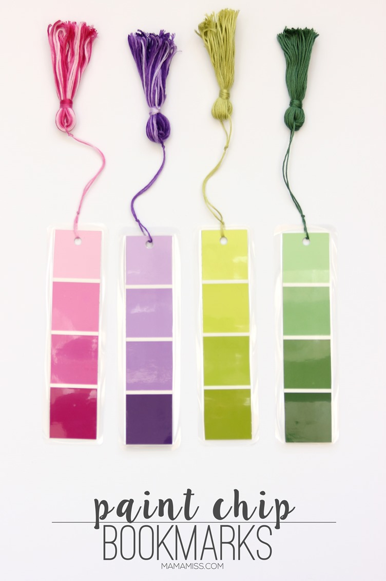 Paint Chip Bookmarks - a simple & inexpensive way (it'll only cost about 28¢) to create a pretty little bookmark! | @mamamissblog