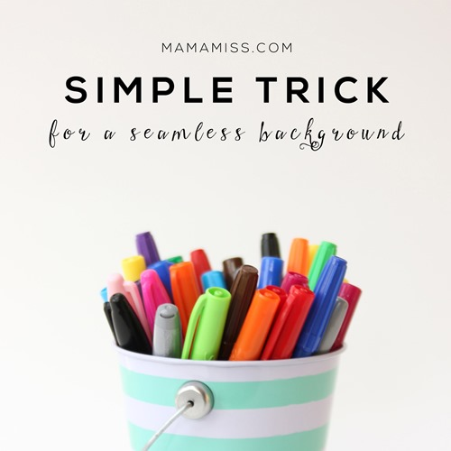 A super simple trick to give you a seamless background in your photos.  @mamamissblog